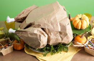 Image by Earth 911 http://earth911.com/news/2012/11/19/diy-recycled-thanksgiving-decor/