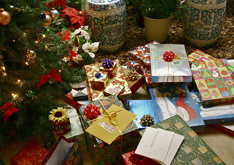 The bad Christmas gift guide: Recycling, reusing, regifting |